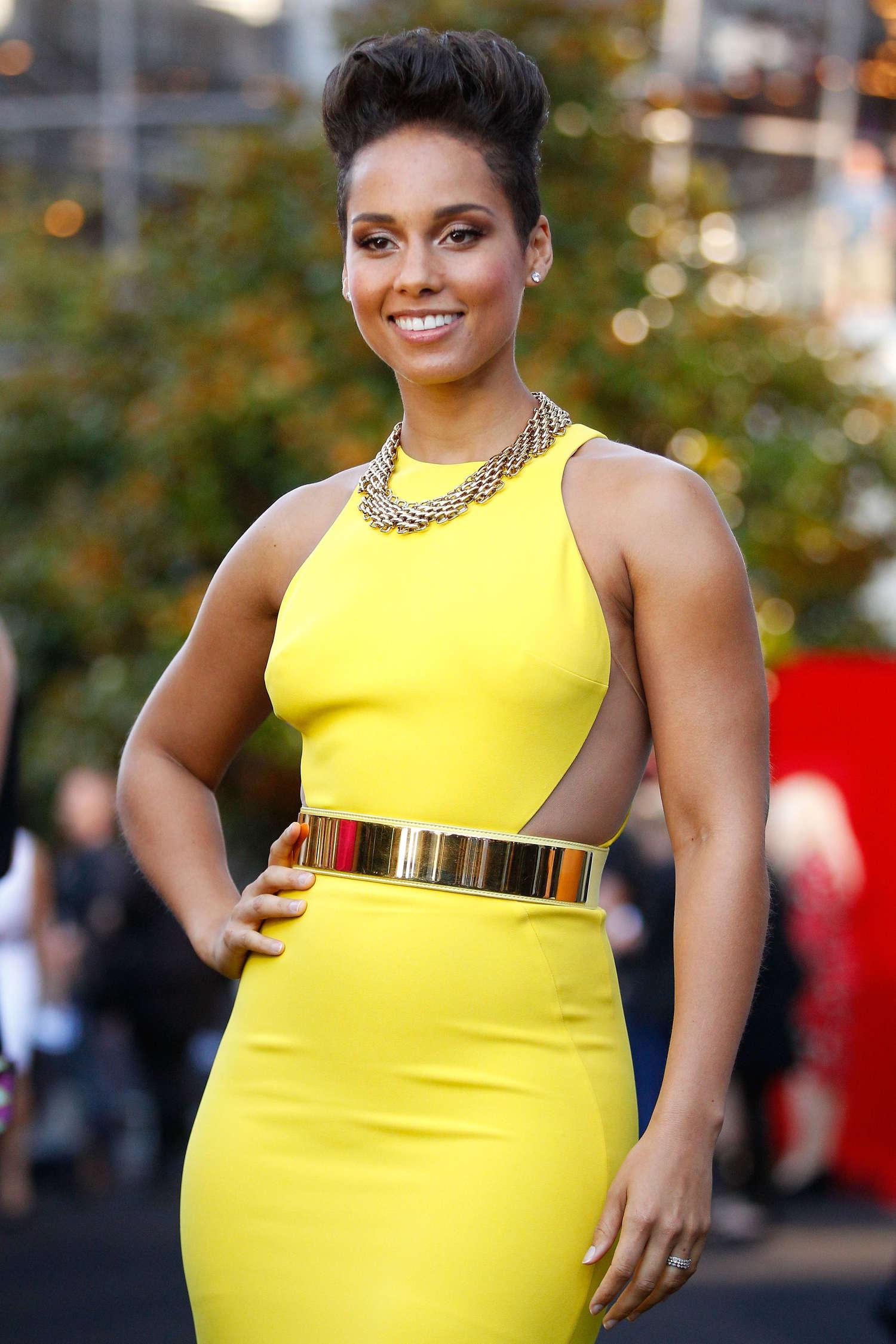 Alicia Keys - 27th Annual ARIA Awards in Sydney - GotCeleb Alicia Keys