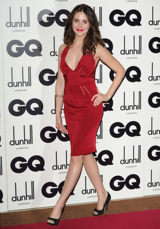 Alison Brie cleavage candids at GQ Men of the Year Awards