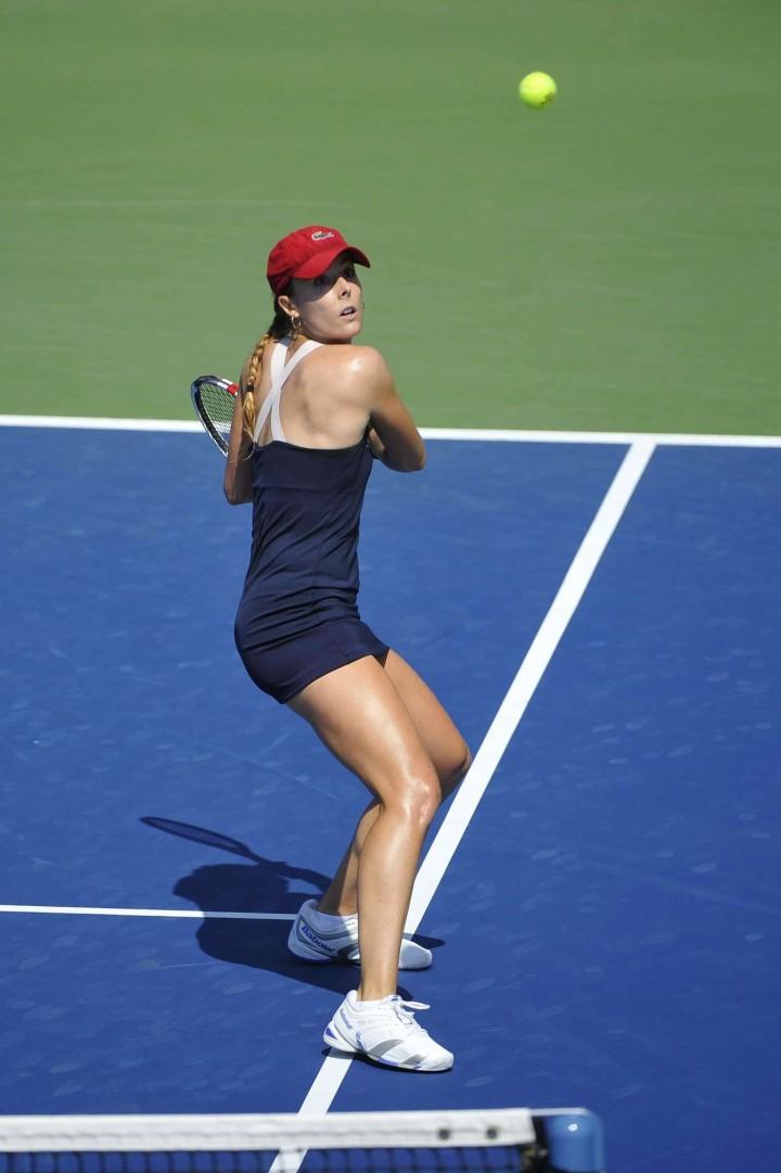 Alize Cornet – 2014 U.S. Open tennis tournament in New York -05