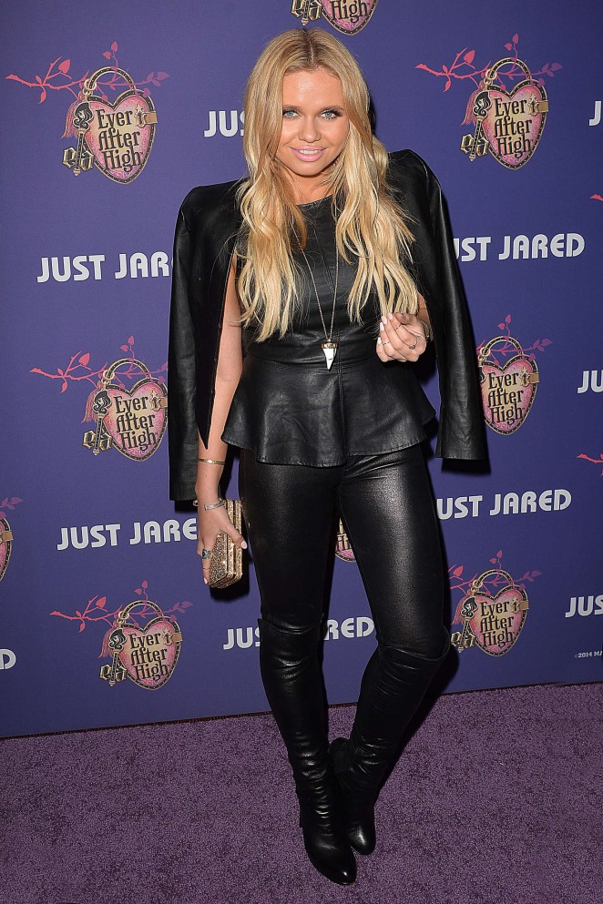 Alli Simpson: Just Jareds Homecoming Dance -02