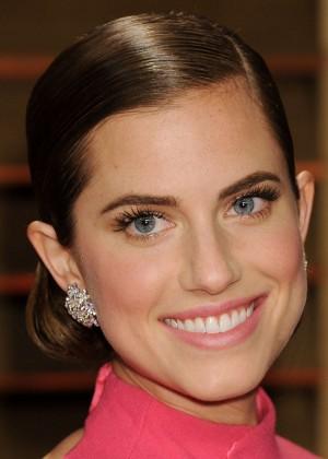 Allison Williams: Oscar 2014 - Vanity Fair Party -02