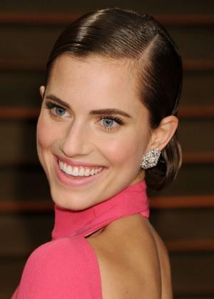 Allison Williams: Oscar 2014 - Vanity Fair Party -08