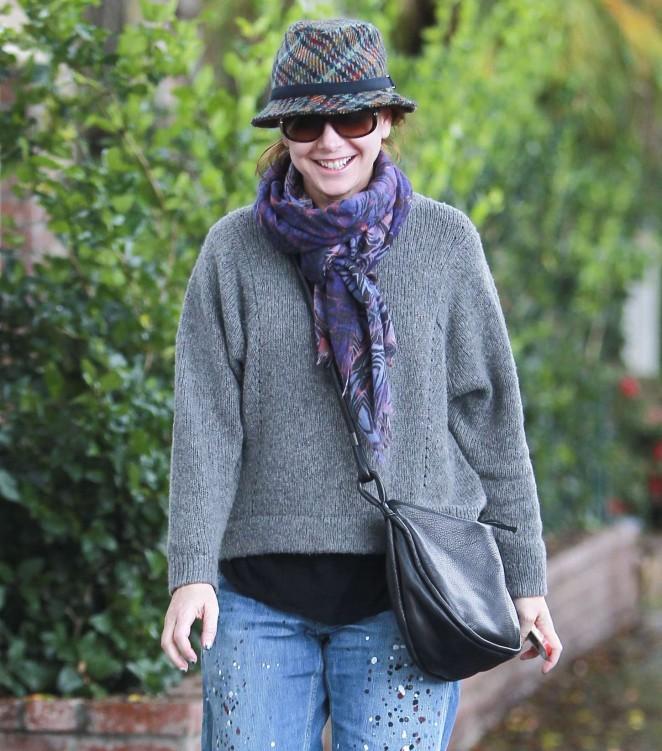 Alyson Hannigan – Visiting a hair salon in Beverly Hills