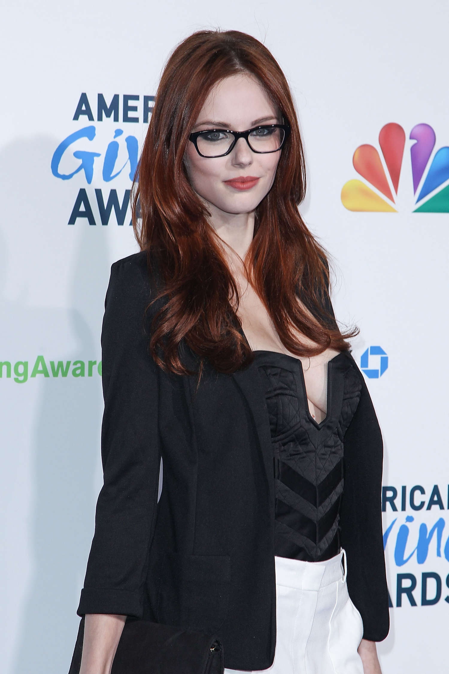 Alyssa Campanella – American Giving Awards -04 - Full Size