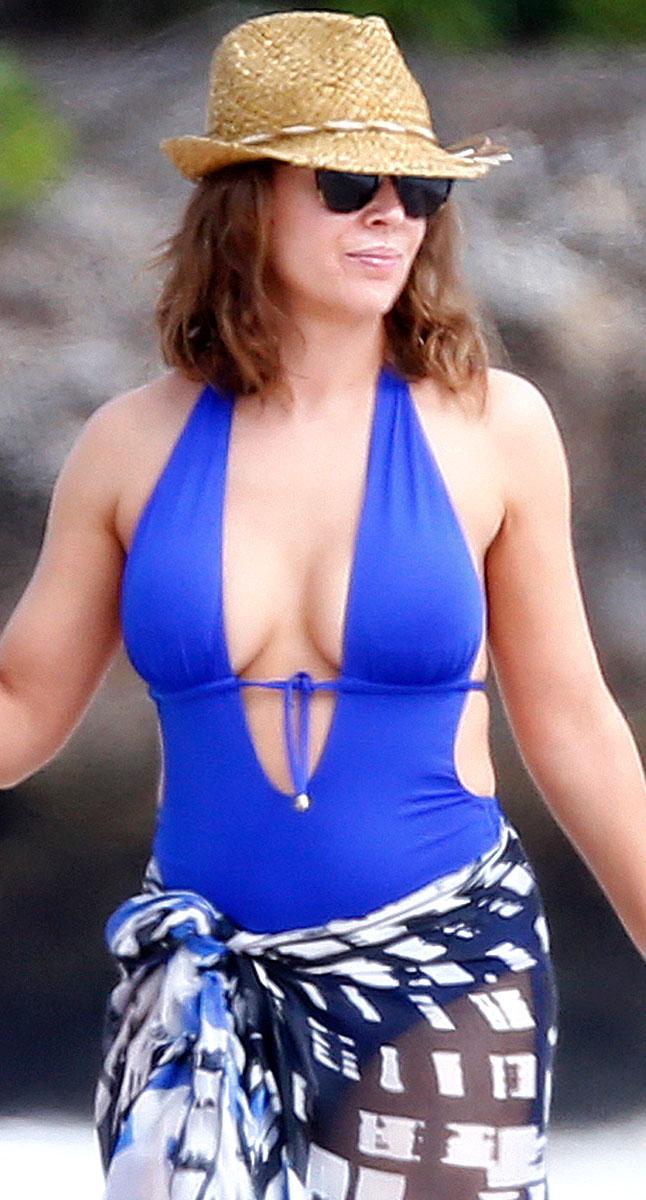 Alyssa Milano Swimsuit Photos Hawaii 18 Gotceleb