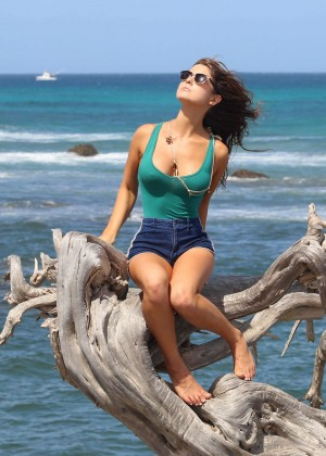 Amanda Cerny in Green Swimsuit -01