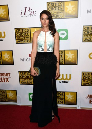 Amanda Crew - 2014 Critics Choice Television Awards in Beverly Hills -03