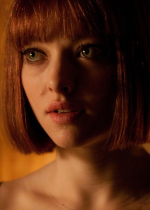 Amanda Seyfried Wallpapers: 6 Hot HD -06
