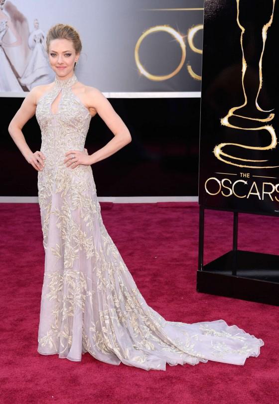 Amanda Seyfried – Oscars 2013 -02