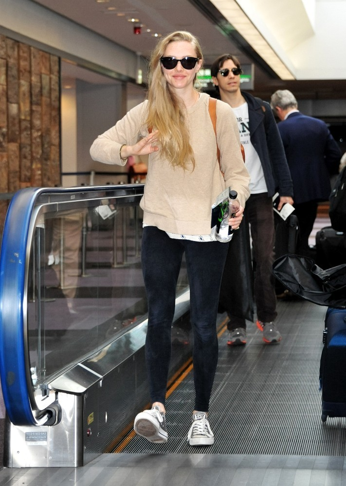 Amanda Seyfried Casual Style in Japan-02