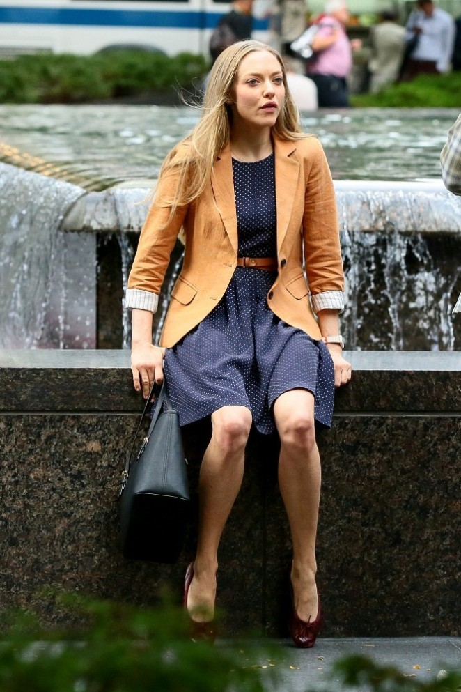 "Amanda Seyfried in Mini Dress on the set of ""Ted 2"" in NY"