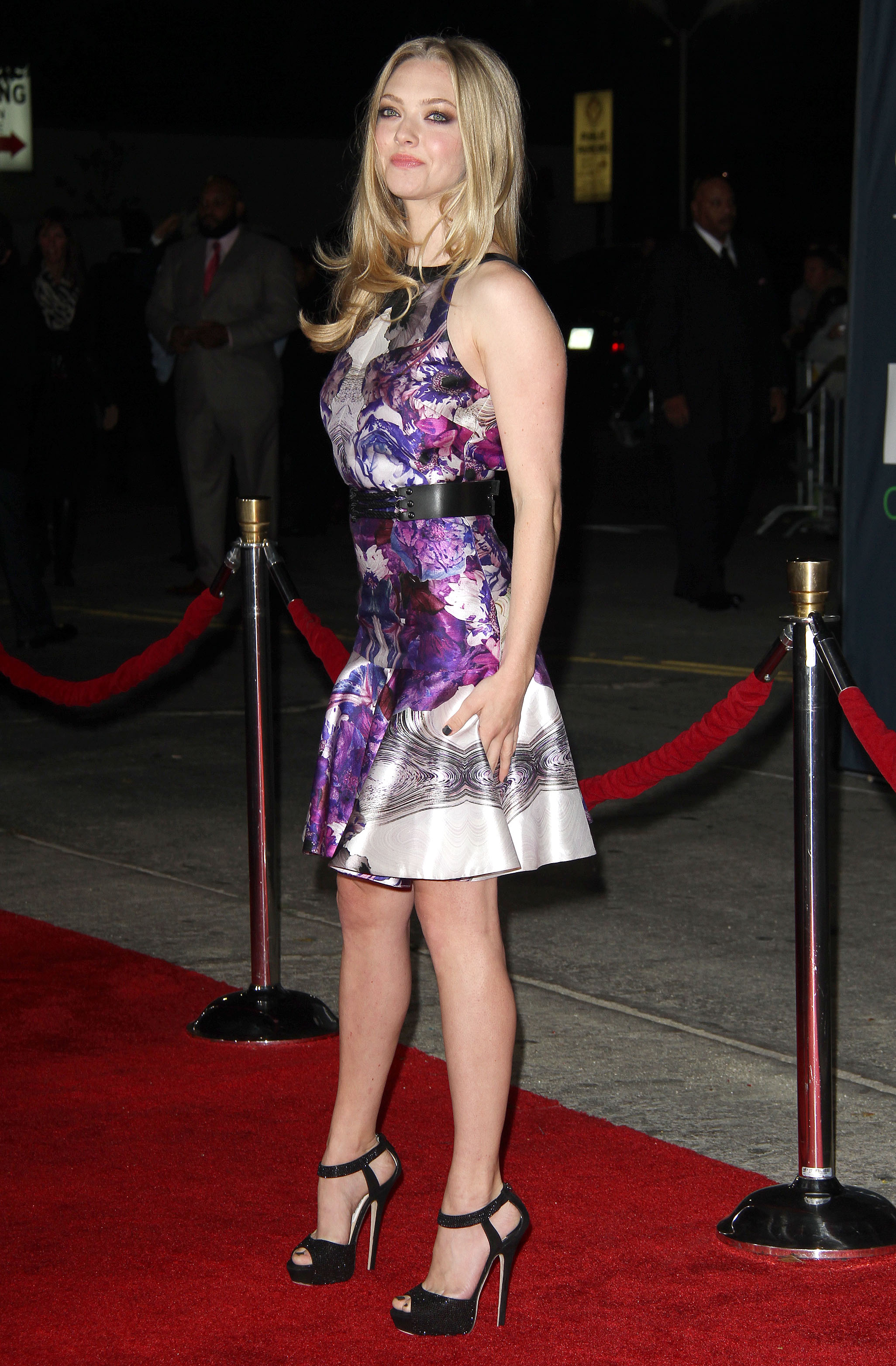 Amanda Seyfried Leggy Candids At In Time Premiere 03