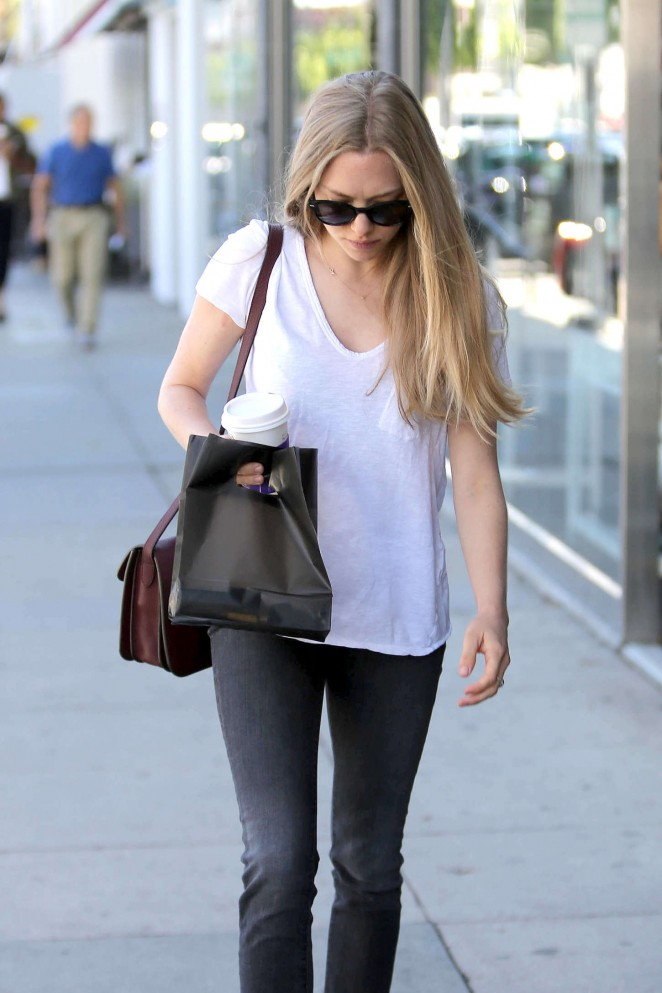 Amanda Seyfried in Tight Jeans Out in Beverly Hills