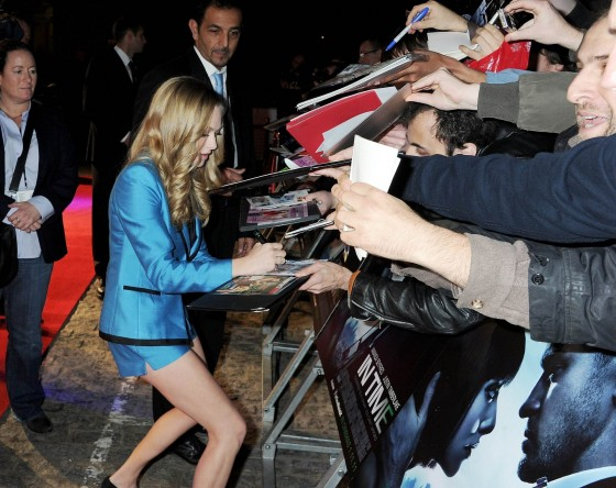 Amanda Seyfried – UK Premiere of 'In Time' in London