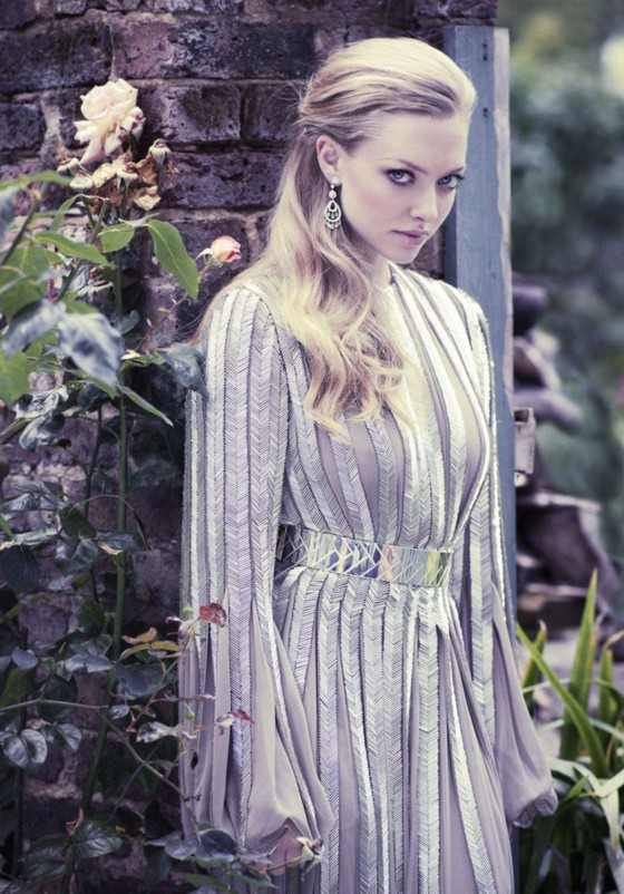 Amanda Seyfried – Vanity Fair 2012-12