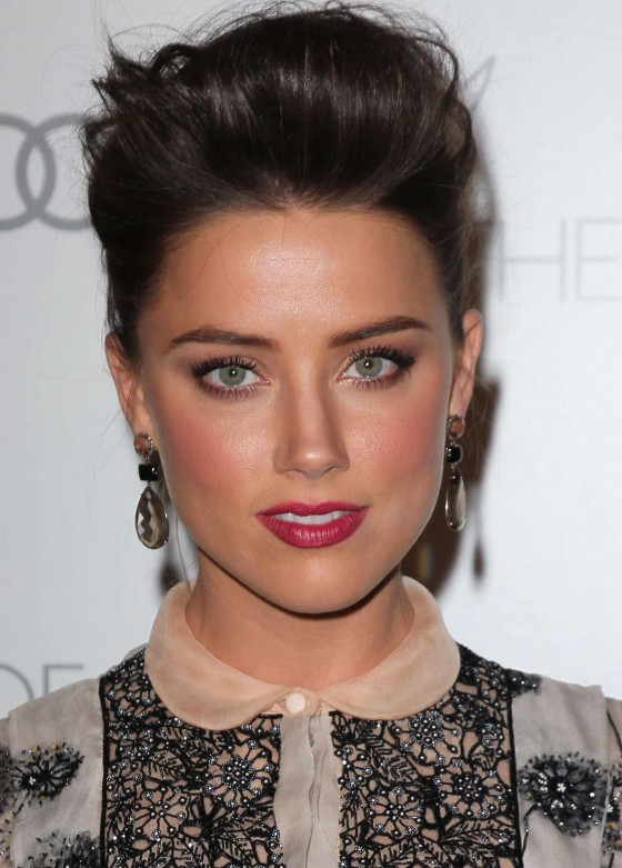 http://www.gotceleb.com/wp-content/uploads/celebrities/amber-heard/2013-art-of-elysium-s-heaven-gala/Amber-Heard---2013-Art-of-Elysiums--02-560x781.jpg