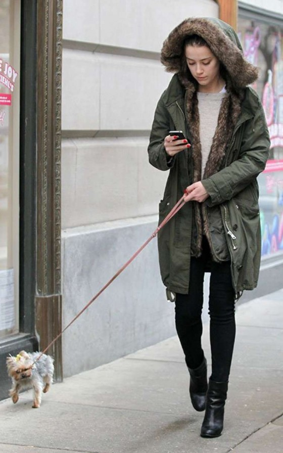Amber Heard - With her puppy in Philadelphia