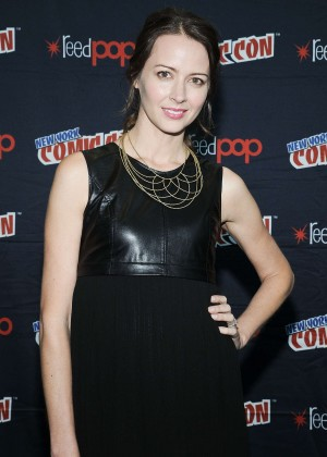Amy Acker - CBS 'Person of Interest' Press Room in NYC