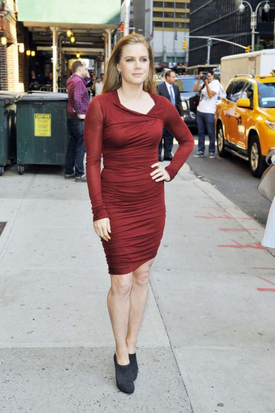 Amy Adams hot in red mini dress at Late Show with David Letterman