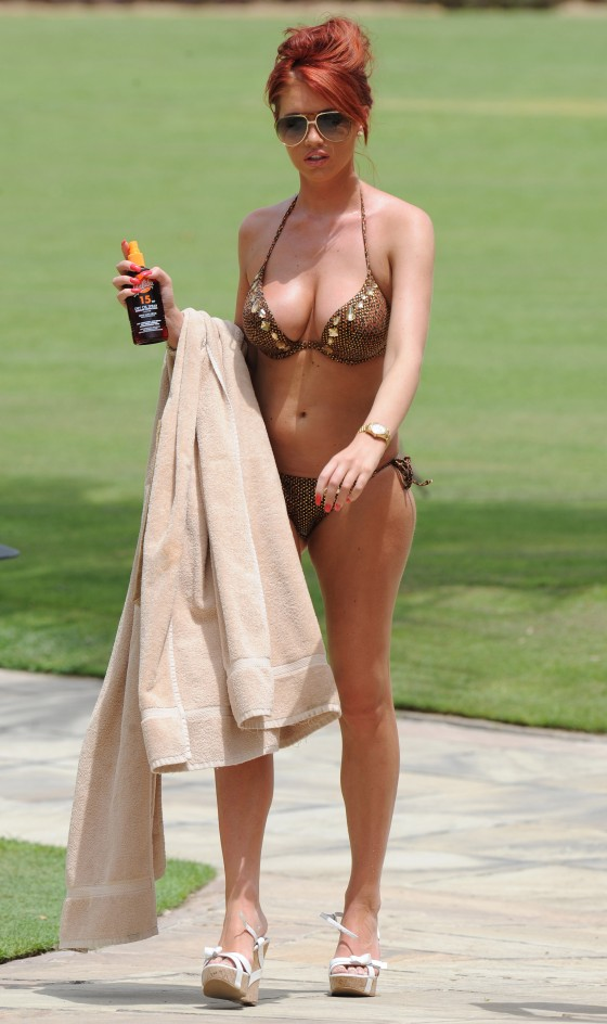 Amy Childs – Bikini in Dubai-06