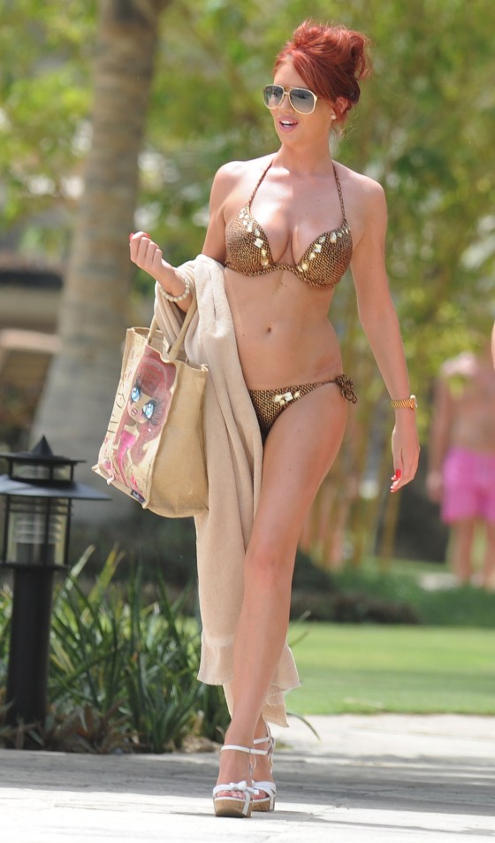 Amy Childs – Bikini in Dubai-18