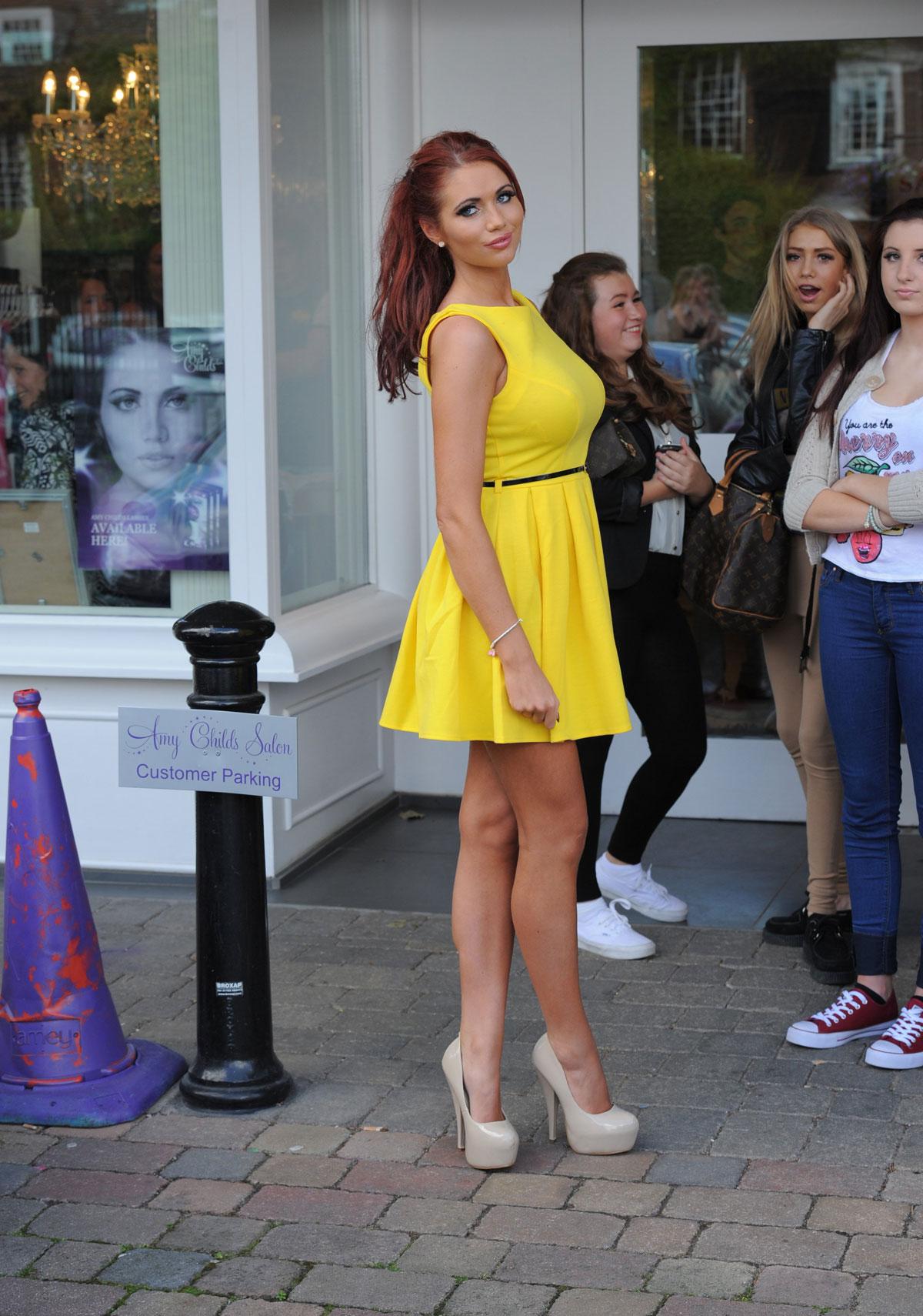 Amy Childs Show Legs In Dress 04 Gotceleb