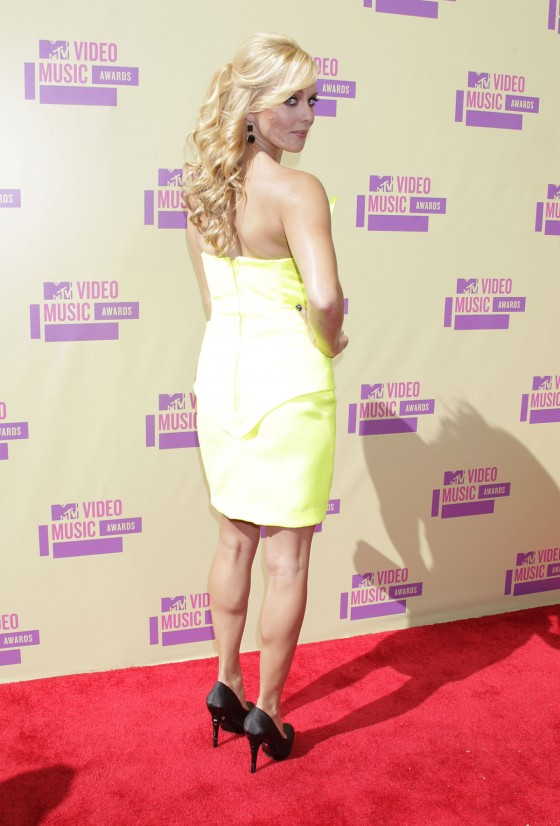 Amy Paffrath – MTV Video Music Awards 2012-02