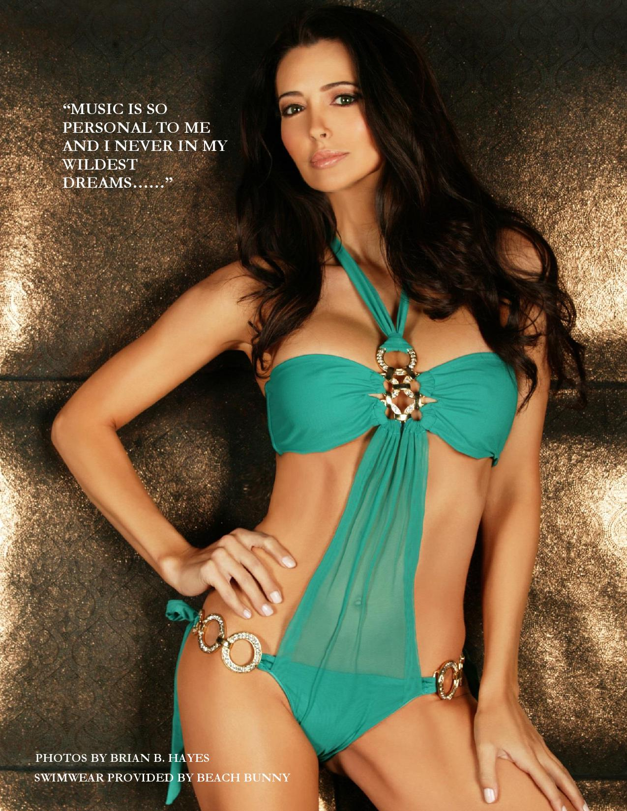 Amy Weber – HNS Magazine (Fall 2013) -04 - Full Size
