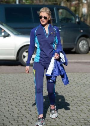 Amy Willerton hot in leggings -06