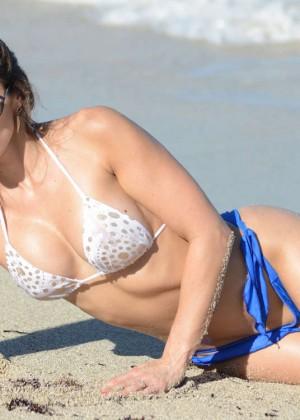 Anais Zanotti Hot Bikini Photos -02