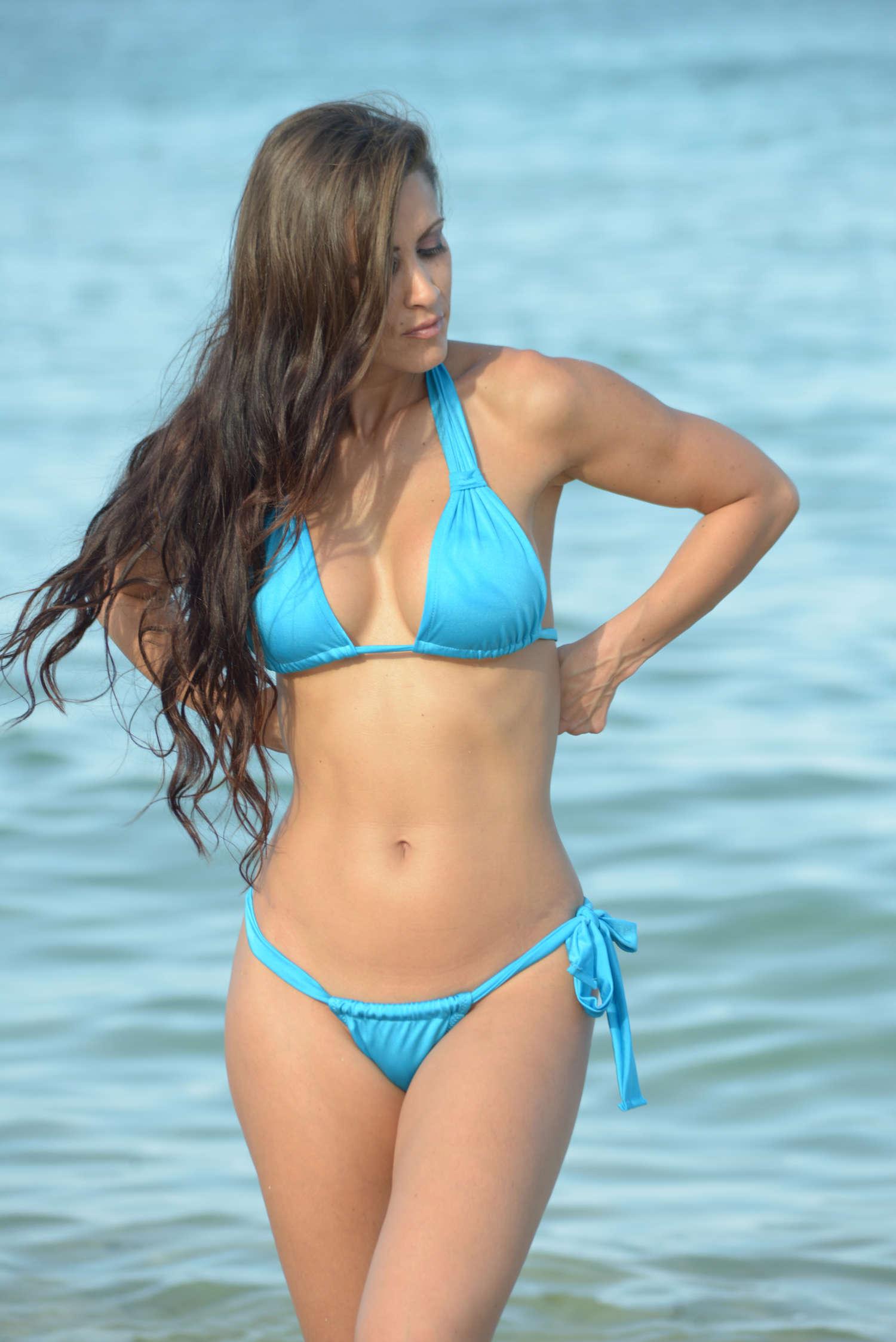 Anais Zanotti In Blue Bikini In Miami 10 Gotceleb
