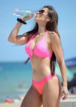 Anais Zanotti Pink Bikini on the beach-05
