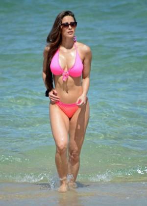 Anais Zanotti Pink Bikini on the beach-09