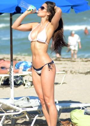 Anais Zanotti Hot in Bikini -08