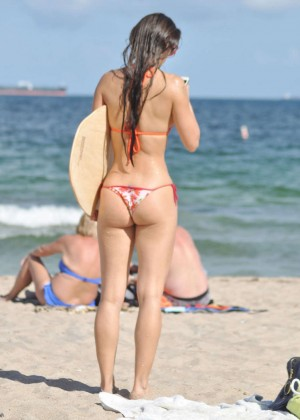 Anais Zanotti Hot Bikini Body in Miami -02