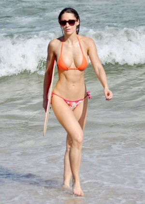 Anais Zanotti Hot Bikini Body in Miami -08