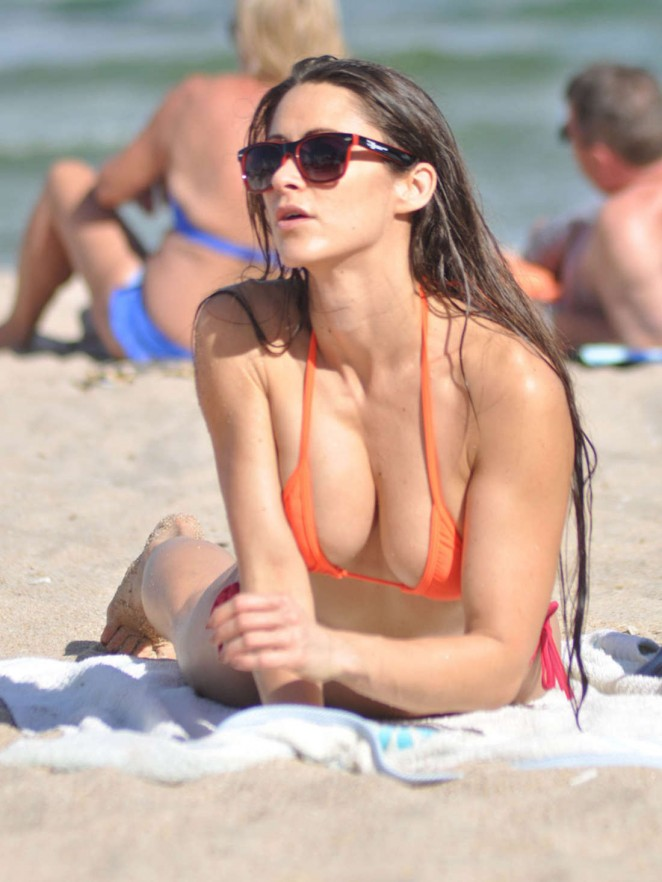 Anais Zanotti – Wearing Bikini on Miami Beach (adds)