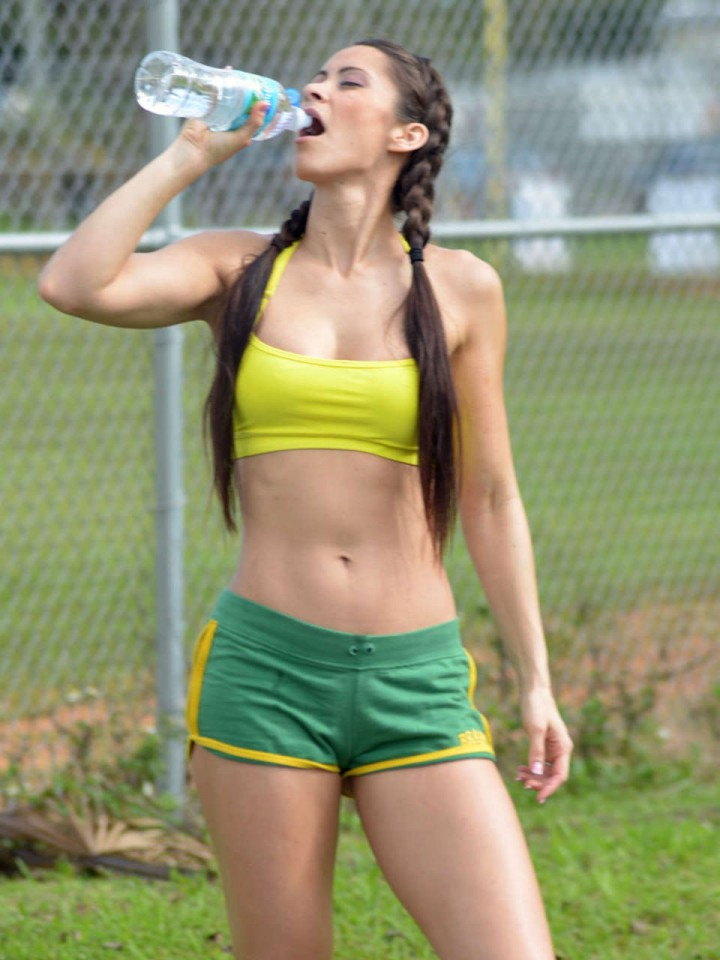 Anais Zanotti Workout Photos: 2014 in park -11