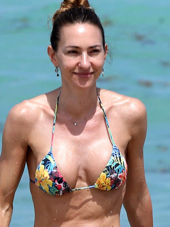 Andrea Burstein – Bikini – Miami Beach 2013 -06