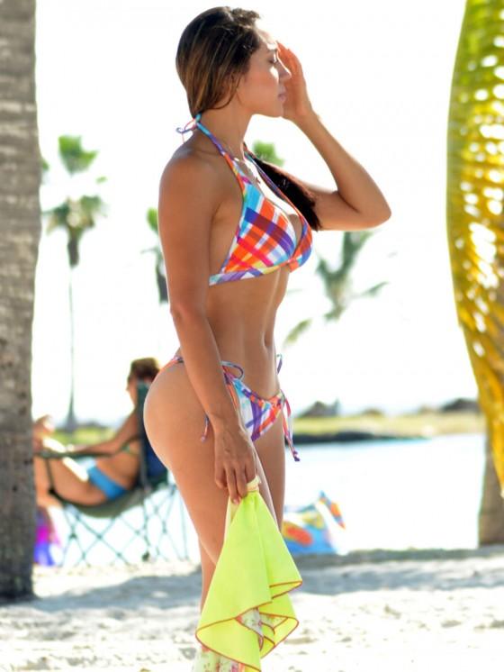 Andrea Calle in Bikini on the beach in Miami Pic 6 of 35