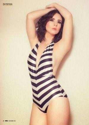 Violeta isfel en bikini y lenceria 87 - 2 1