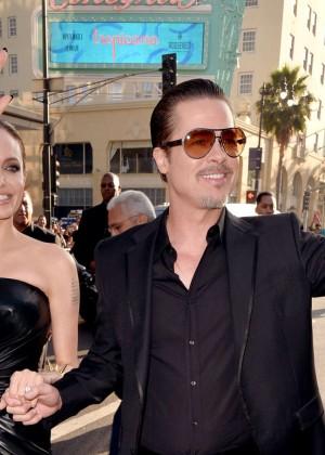 Angelina Jolie in black shiny dress -02