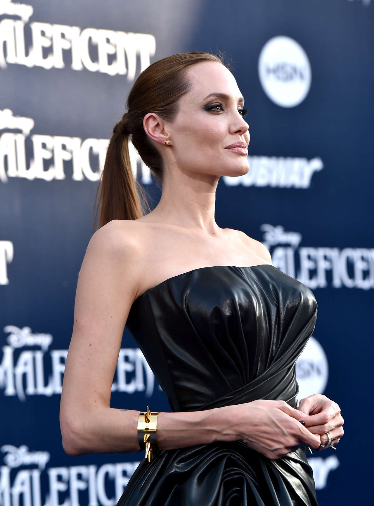 "Angelina Jolie – ""Maleficent"" Hollywood premiere – GotCeleb анджелина джоли"