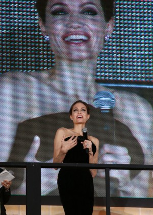 Angelina Jolie: Maleficent Premiere -02