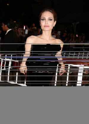 Angelina Jolie: Maleficent Premiere -03