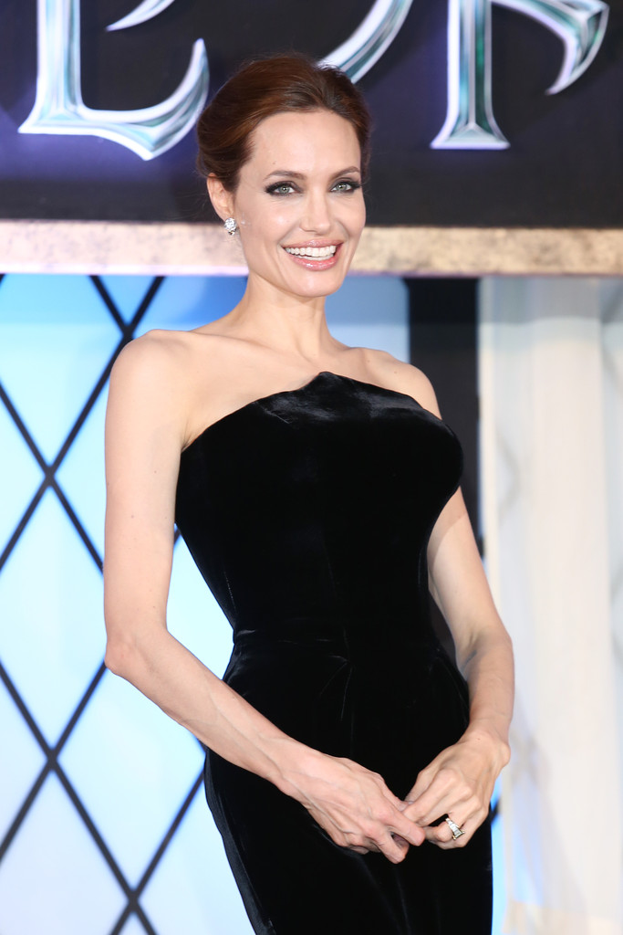 Angelina Jolie: Maleficent Premiere -09