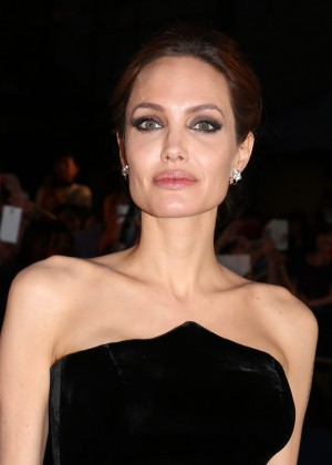 Angelina Jolie: Maleficent Premiere -13