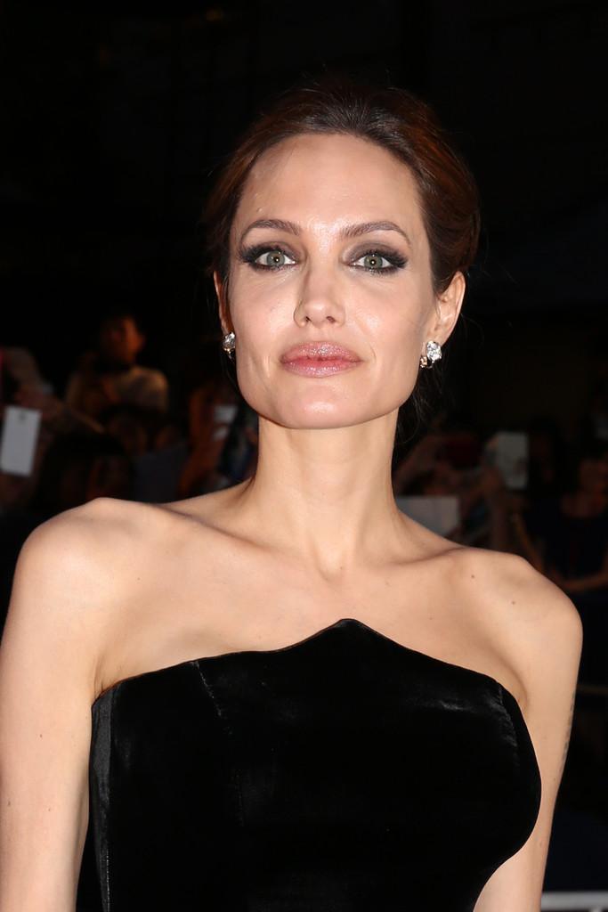 Angelina Jolie: Maleficent Premiere -13