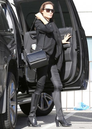 Angelina Jolie in Tight Pants Shopping at M. Fredric in Los Angeles