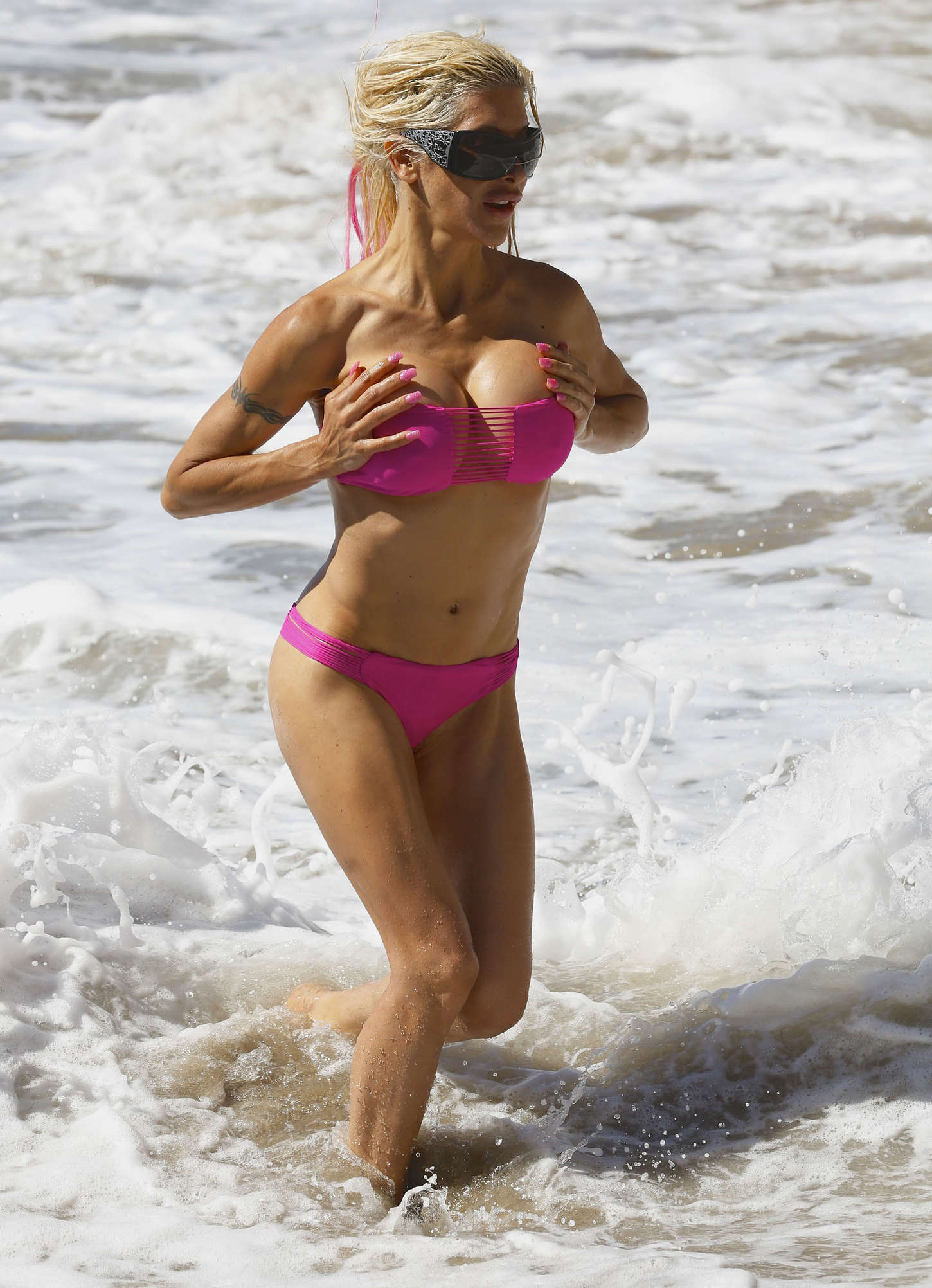 Frenchy Morgan in Pink Bikini in Malibu Pic 6 of 35